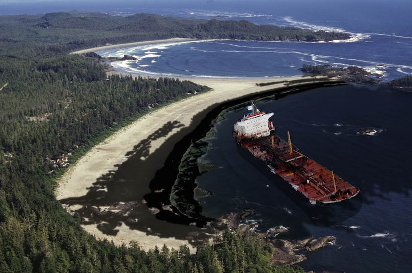 Tanker on Chestermans Beach - Tofino Oil Spill